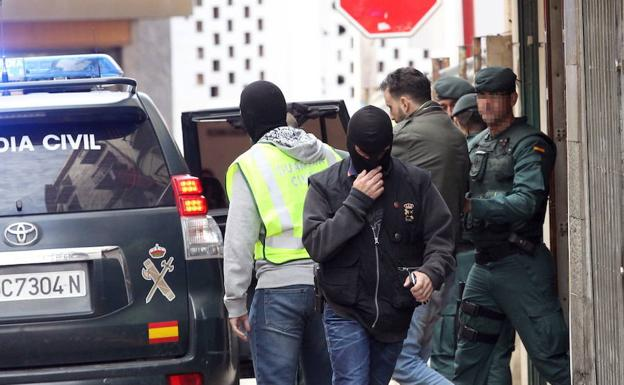 Un yihadista detenido por la Guardia Civil./Archivo