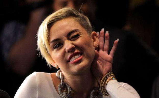 ¡Miley Cyrus y Liam Hemsworth regresaron! Fueron vistos juntos en el aeropuerto