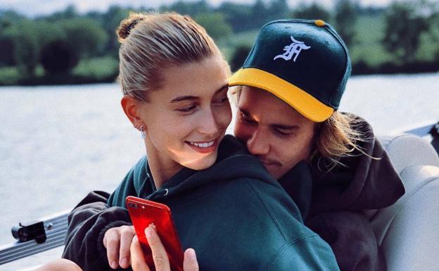 Según Alec Baldwin, Justin Bieber y Hailey Baldwin se casaron en secreto