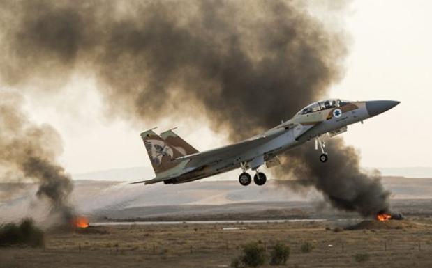 Israel vuelve atacar bases de Irán en Siria