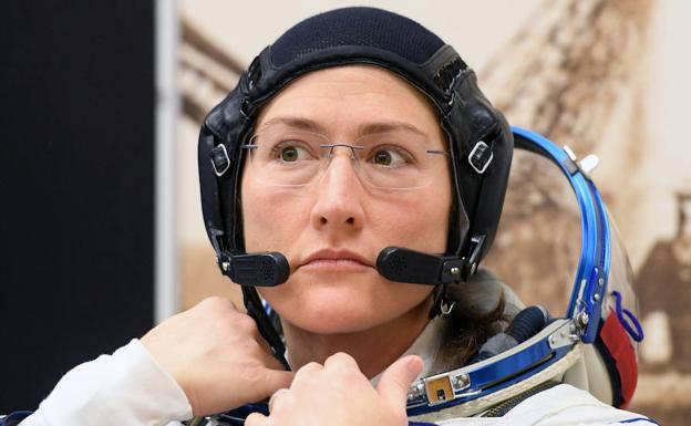 La primera caminata espacial entre mujeres tendrá que esperar — NASA