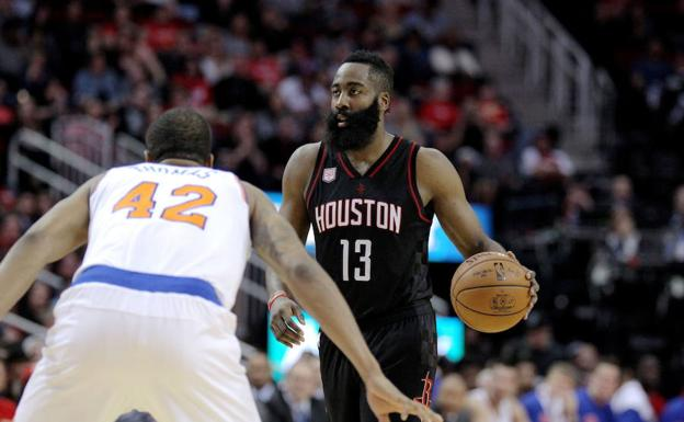James Harden, en un partido ante los Knicks. /Erik Williams-USA TODAY Sports