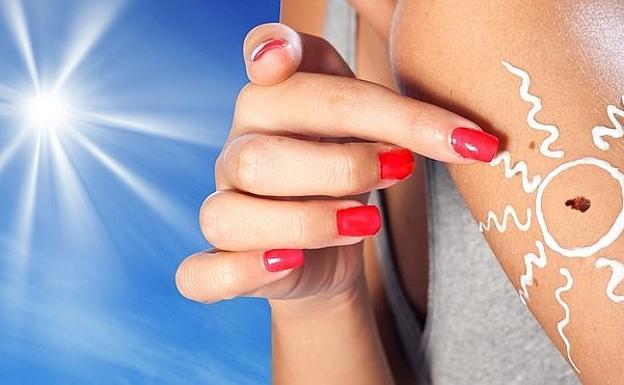 386d7bb44c Consejos para evitar el cancer de piel provocado por el sol.