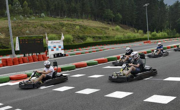 Circuito Fernando Alonso Alquiler Karts : La morgal kart circuito karts fernando alonso