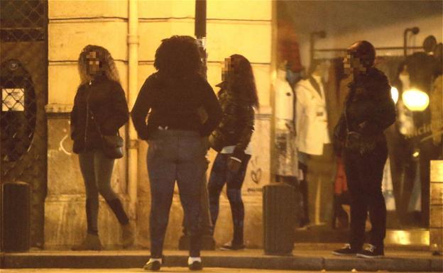 prostitutas camara oculta nigerianas prostitutas