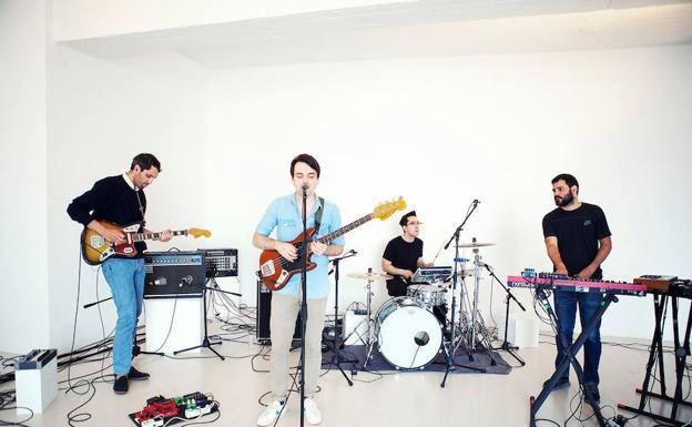 La banda Delorean./