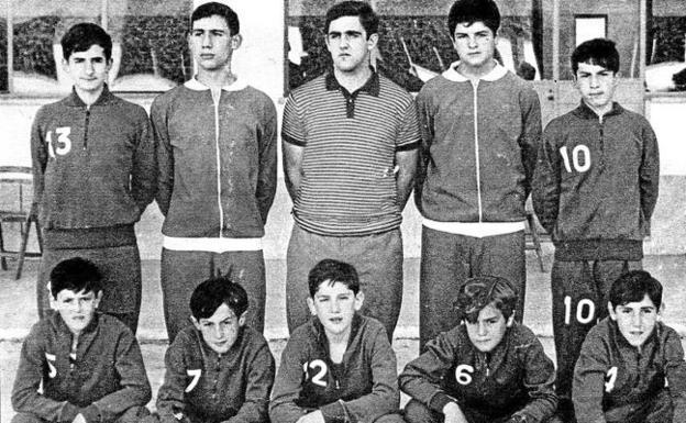 Proyecto 75 años de baloncesto en Álava. A partir del 28/11/18 cada miércoles en El Correo (edición de Álava) - Página 3 Campo-atras1-kzLE--624x385@El%20Correo