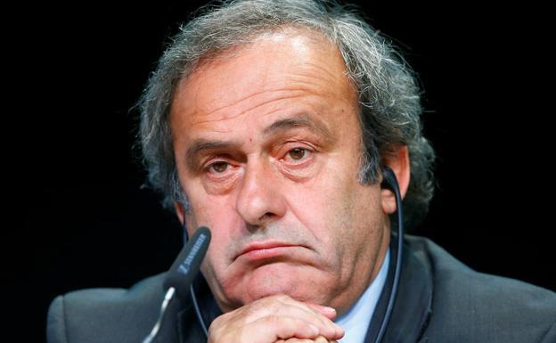 Resultado de imagen para Fotos del detención de Michel Platini