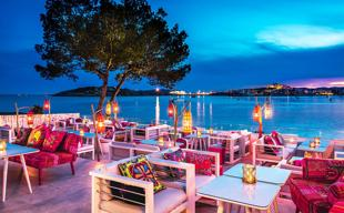 Ibiza: 11 restaurantes increíbles a pie de playa
