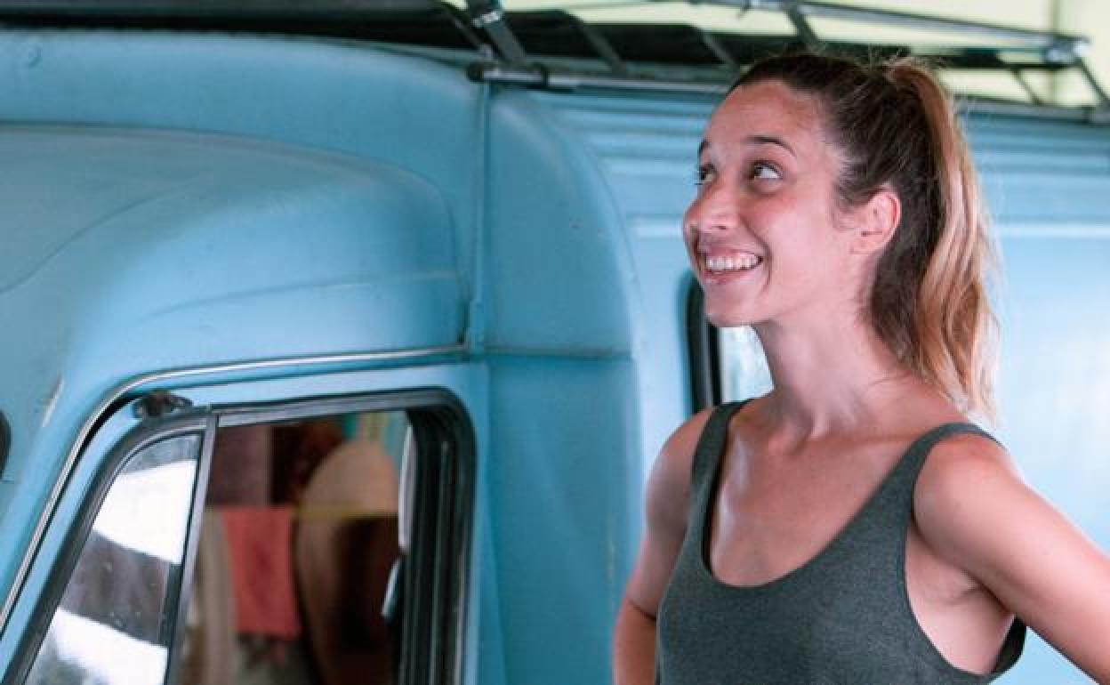Lara Izagirre finaliza el rodaje de 'Nora', una comedia femenina | El Correo