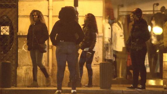 Madames', vudú y un viaje infernal de 3 meses: el drama de las prostitutas  nigerianas en Bilbao | El Correo